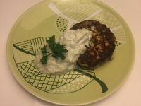 Galettes de poulet et courgettes, sauce Tzaziki